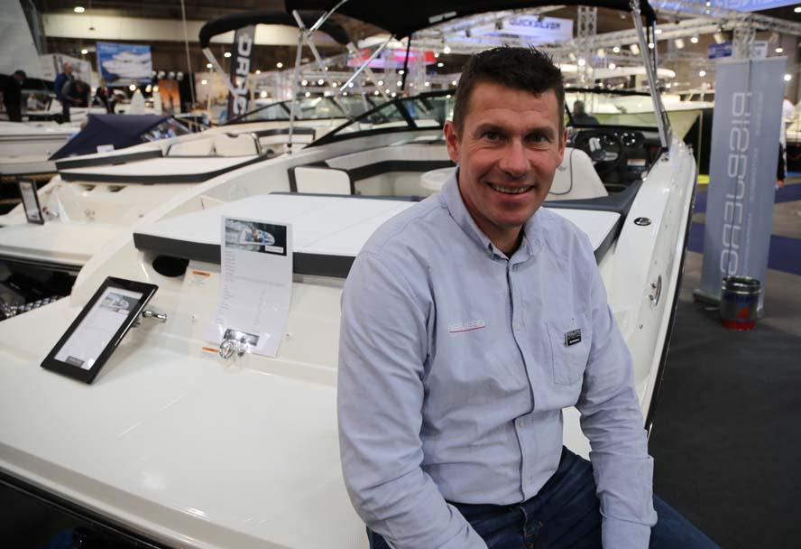 Selvom Ole Risbjerg er en beskeden jyde, kunne han alligevel skjule sin begejstring for det gode salg på Boat Show. Foto: Troels Lykke