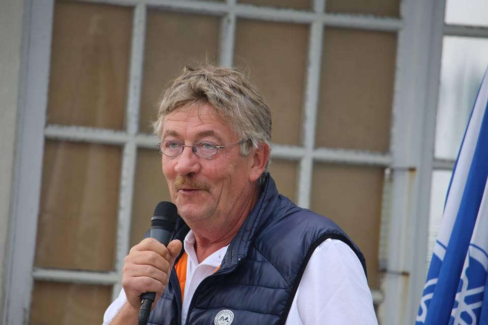 Ole Ingemann, stævneleder fra Svendborg Amatør Sejlklub, får kritik fra flere sider. Foto: Troels Lykke