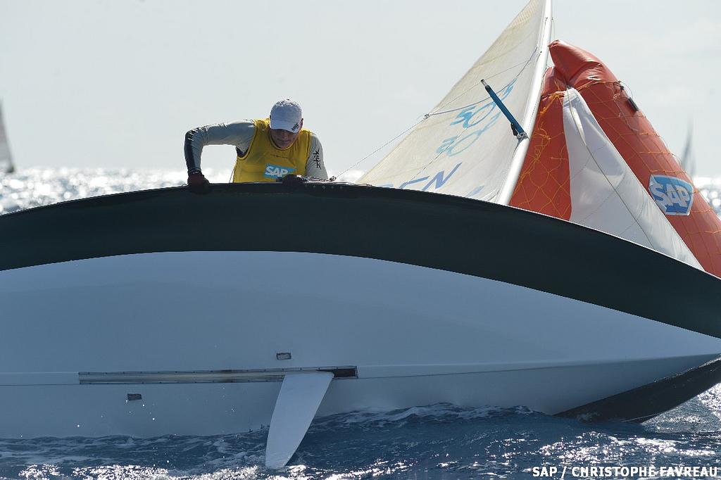 Så glade var Jan Saugmann, da han i 2012 vandt VM i 505-klassen i Frankrig foran 180 både.