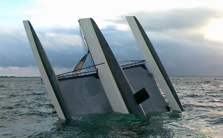 Dragster til venstre før starten gik. Båden er fra Marselisborg og ejes af Ejner Kjær. Foto: Peter Deleuran
