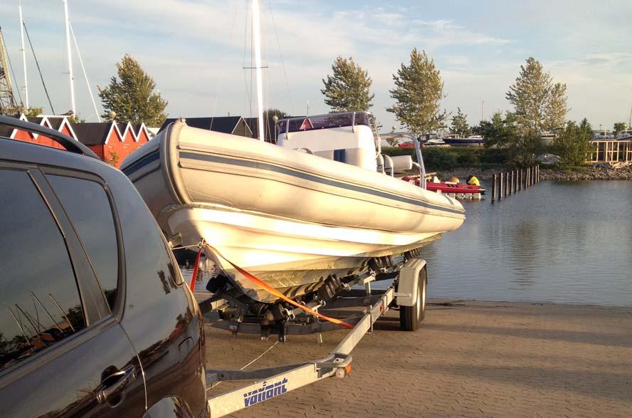 bundmaling af en 20 fods båd kun kr. 4.000,- inkl. højtryksrensning og Hempel bundmaling