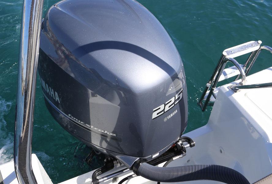Tyvene kan sagtens finde på at save et stort stykke af båden for at få en motor, fortæller eksperter til minmotorbaad.dk. Foto: Troels Lykke